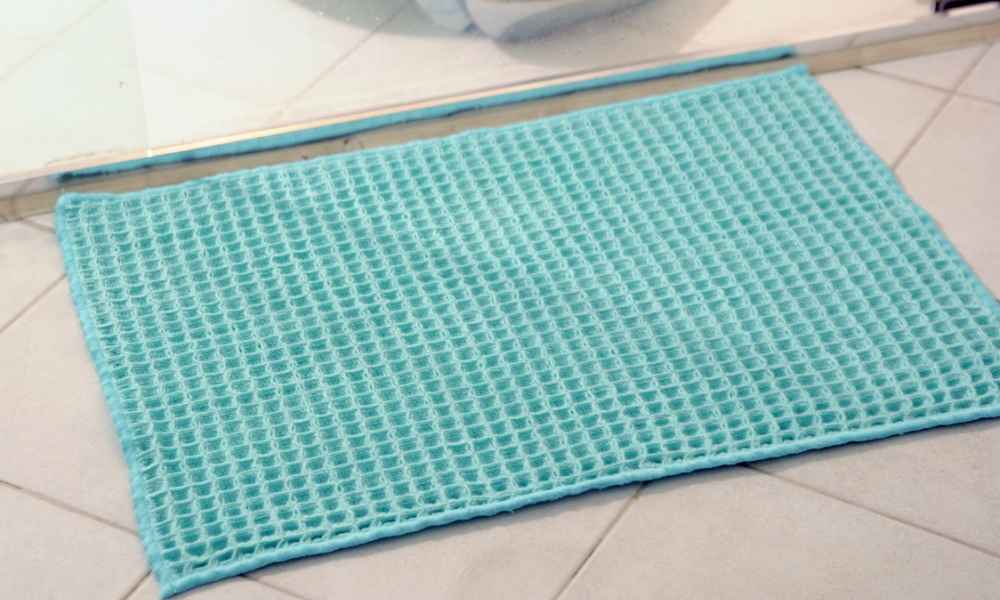 how to wash bathroom floor mats how to wash bath mat the shower 25537